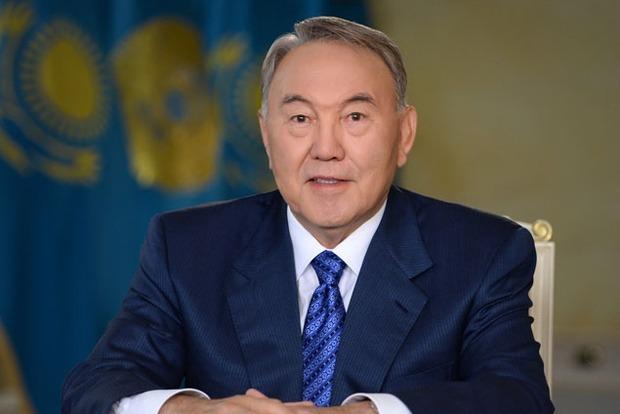 Назарбаев постановил перевести алфавит Казахстана на латиницу