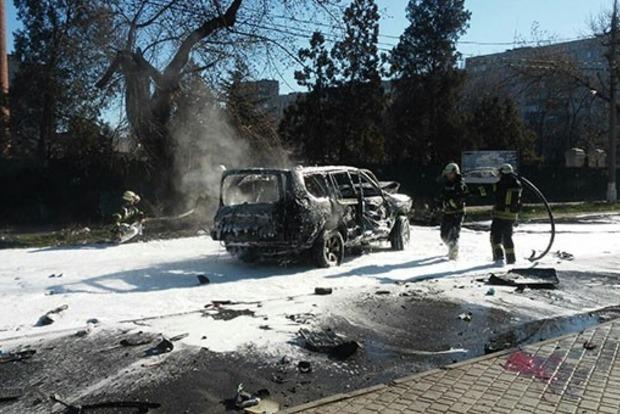 СБУ в ярости из-за подрыв джипа своего сотрудника в Мариуполе. Названо имя погибшего