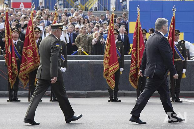 Эксперт рассказал как Порошенко может выиграть выборы у Тимошенко