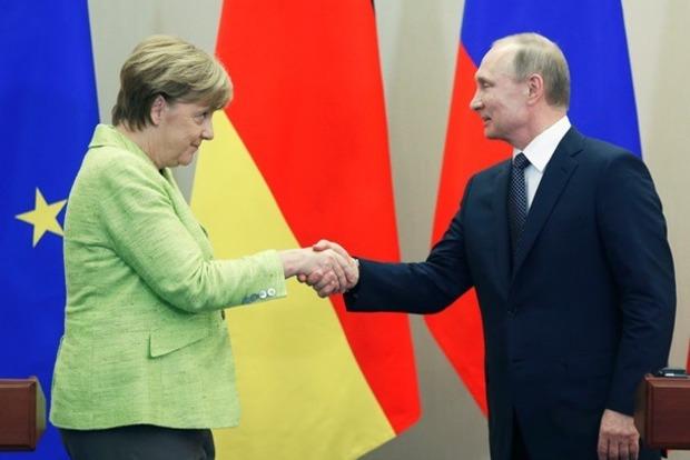 Меркель сообщила Путину: миротворцы ООН должны быть везде