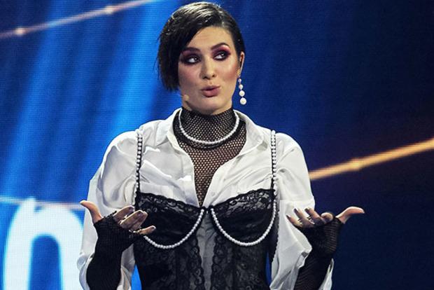 Maruv показала, как без штанов танцует для концерта в стране-агрессоре
