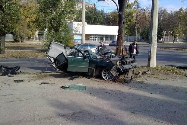 В Харькове чекнутый евробляхер вальсировал на дороге