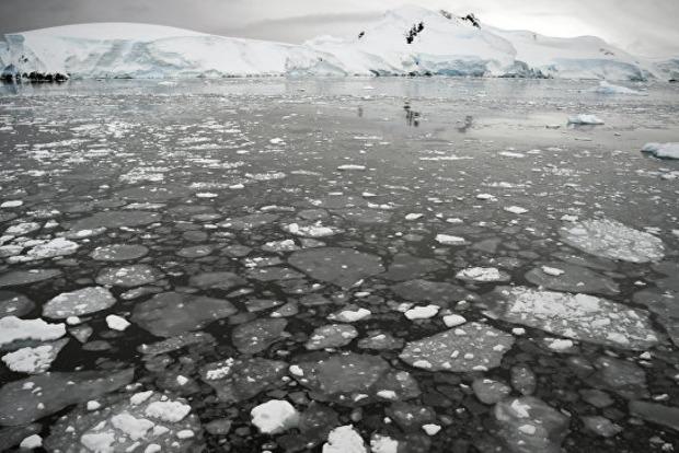 Под льдами Антарктиды нашли источник энергии, растапливающий льды