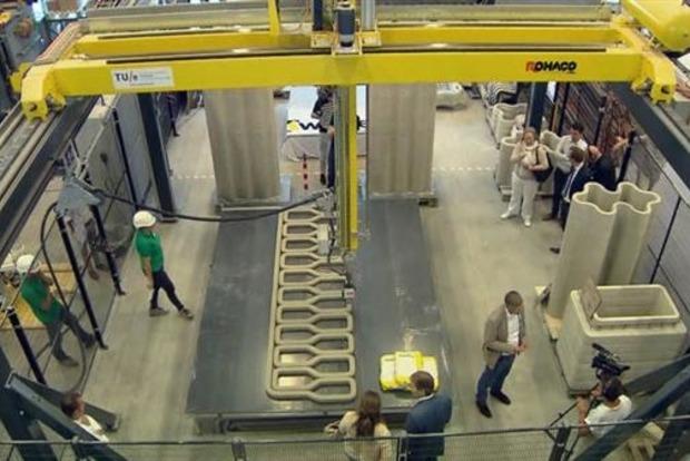 В Нидерландах впервые в мире на 3D-принтере печатают велосипедный мост
