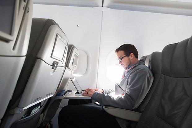 В США решили не запрещать ноутбуки на рейсах из стран ЕС