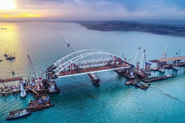 Разбомбить к едрене фене: Американская газета посоветовала Украине подорвать Крымский мост