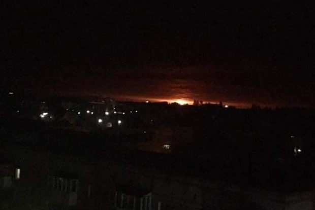 В Черниговской области взрываются арсеналы ВСУ. Эвакуированы 10 тыс. человек