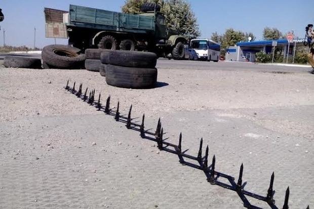 Обстановка на границе с Крымом под контролем: очереди из грузовиков нет