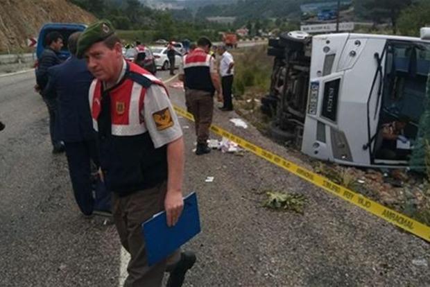 В Турции разбился автобус с украинцами: 18 раненых