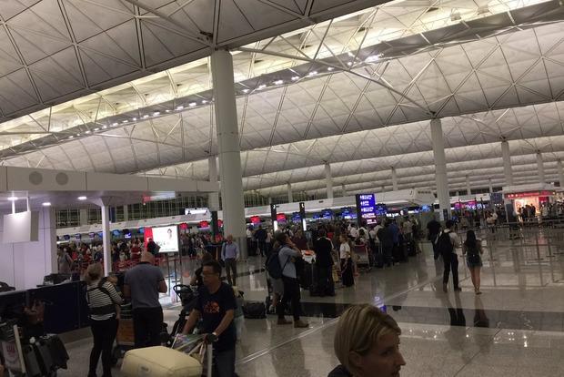 По всему миру в аэропортах произошел сбой в системе регистрации