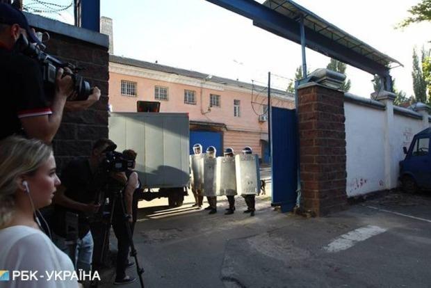 Во время бунта «торнадовцев» в Лукьяновском СИЗО ранен правоохранитель