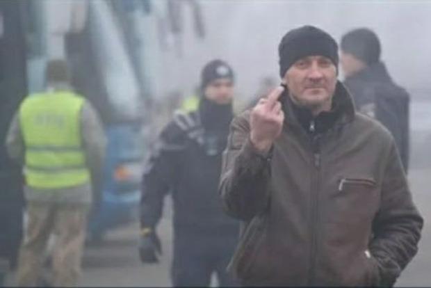 Помилованный для обмена боевик вернулся в Киев и ограбил проститутку