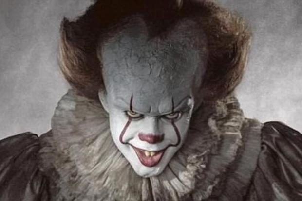 Почему клоуны вышли на протесты против фильма «Оно»