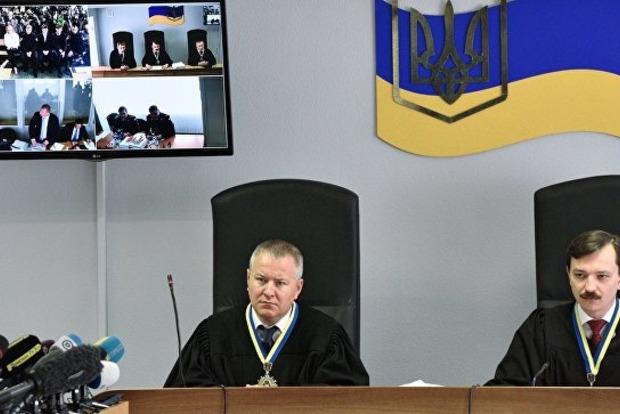 Защитники Януковича не пришли на суд по госизмене