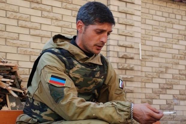 В боях под Донецком ранен террорист Гиви - СМИ