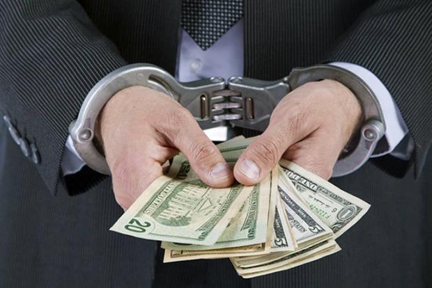 За полгода украинские суды отправили за решетку 121 коррупционера. Но это только треть всех дел