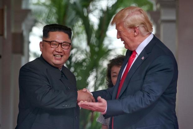 Трамп и Ким Чен Ын подписали совместный документ по итогам саммита