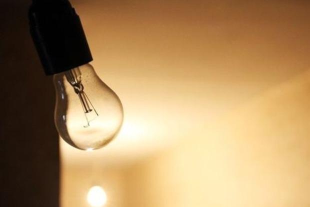 В Крыму без света остаются почти 900 тысяч человек