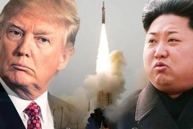 Юристы Трампа: Ким Чен Ын ползал на коленях, умоляя провести саммит
