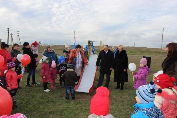 В Крыму открыли свой «Диснейленд» с одной детской горкой