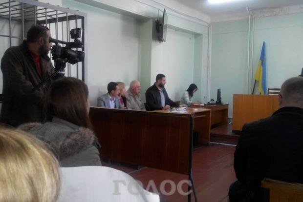 В Запорожье из-под стражи выпустили мужчину, неумышленно убившего живодера