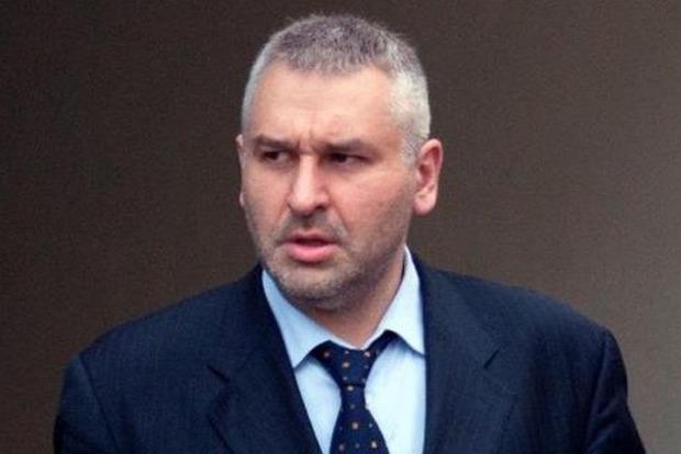 Адвокат везет Порошенко письмо от Савченко
