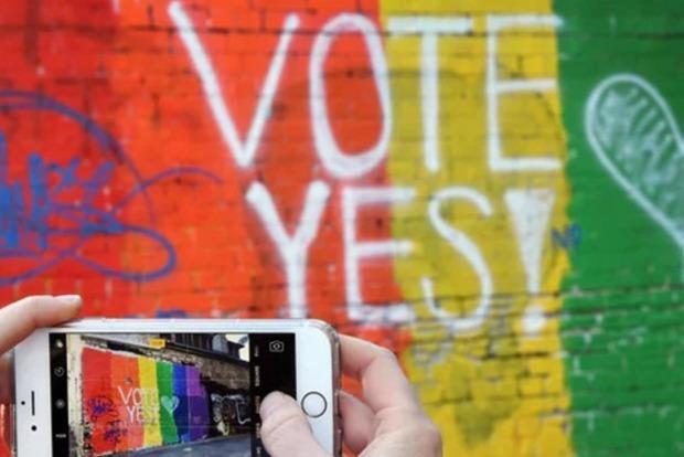 Австралия проведет референдум о легализации однополых браков по почте