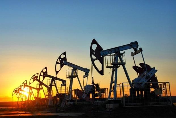Цена нефти рухнула ниже 40 долларов