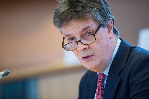 Британский еврокомиссар уходит в отставку