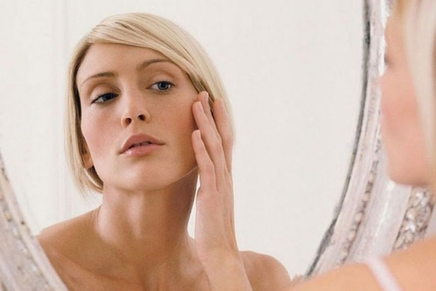Названы продукты, из-за которых кожа старее быстрее, чем обычно