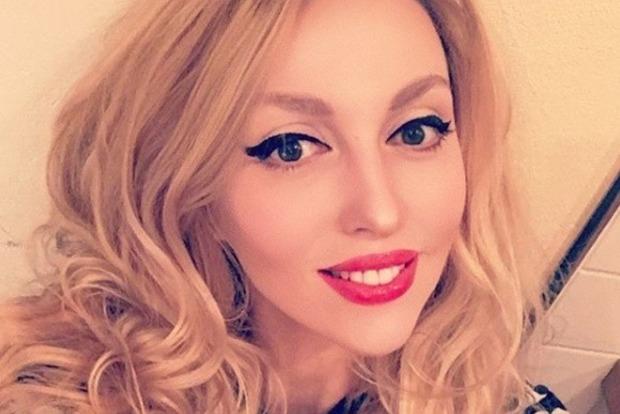Пример идеала. Певица Оля Полякова взорвала сеть снимком в купальнике