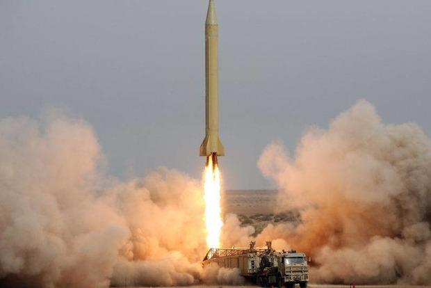 Военные КНДР транспортируют баллистическую ракету к западному побережью страны - СМИ