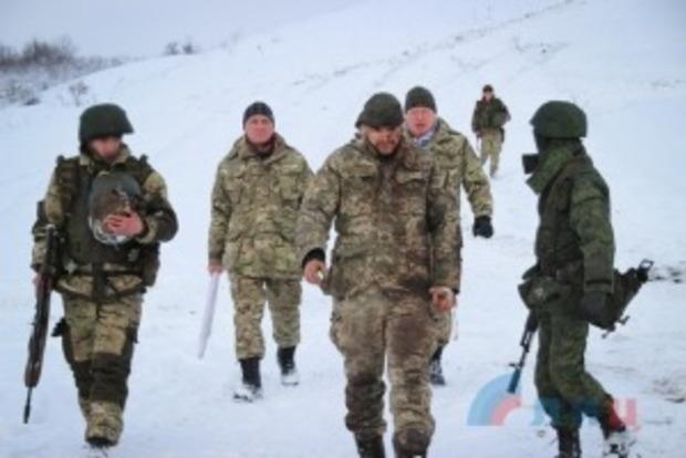 АТО: После боя под Крымским боец ВСУ попал в плен