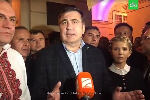 СМИ: Во львовский отель, где остановился Саакашвили, пришли полиция и пограничники