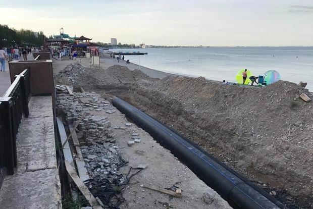 Туристический сезон в Крыму провален. Полуостров отпугивает грязью и разрухой