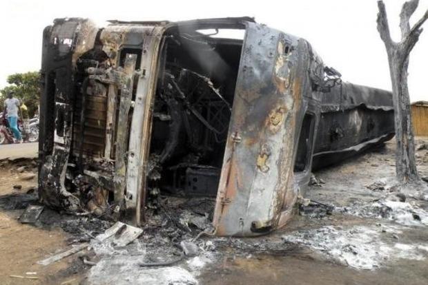 На Донбассе взлетел на воздух грузовик, набитый террористами ДНР
