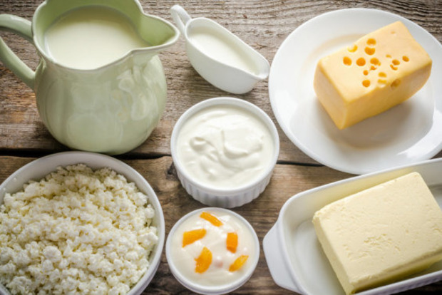 Как проверить качество молочных продуктов и найти в них пальмовое масло: 4 простых приема