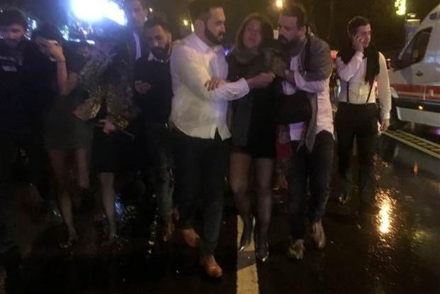 Установлены личности иностранцев, погибших при теракте в клубе Стамбула