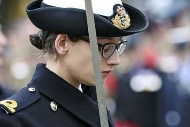 Скандал в британских ВМС: младший лейтенант занималась сексом с капитаном подлодки