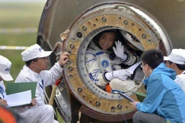 Полгода в капсуле: в Китае завершился эксперимент для космического корабля