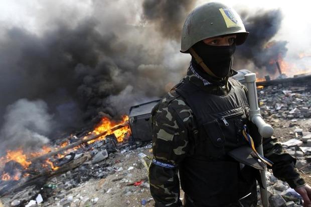 На Донбассе террористы бросили танки и артиллерию против военных