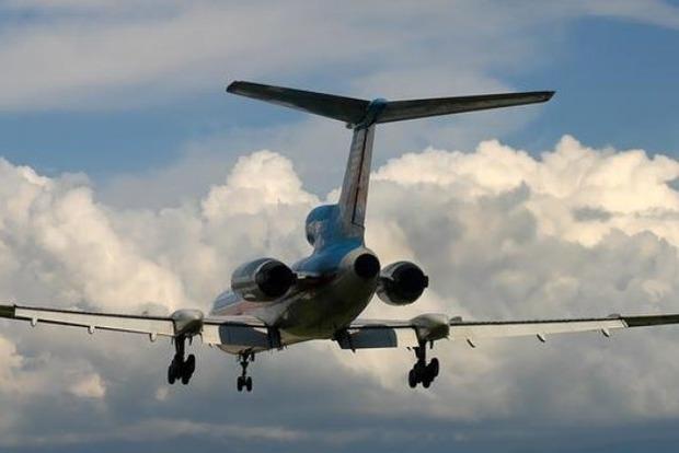 Легкомоторный самолет упал вШвейцарии, двое молодых людей погибли