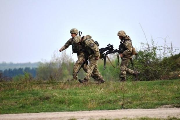 Сутки в ООС: оккупанты 18 раз отрыли огонь, убит защитник Украины