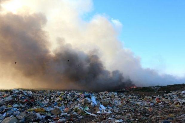 Во Львовской области горели две свалки