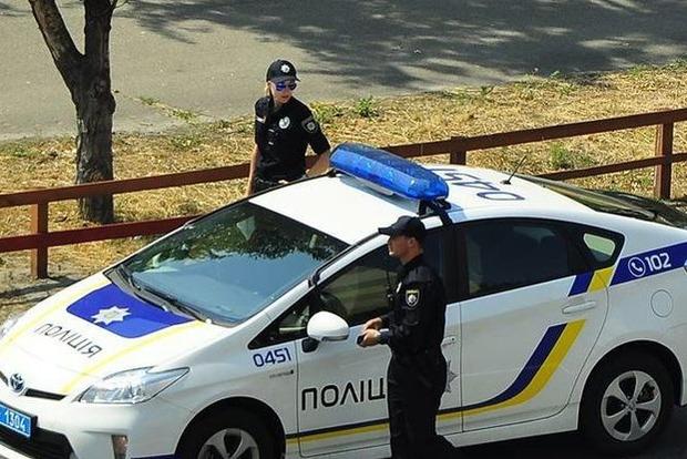Вцентре украинской столицы вооруженные преступники похитили 5 млн гривень, введен план «Перехват»
