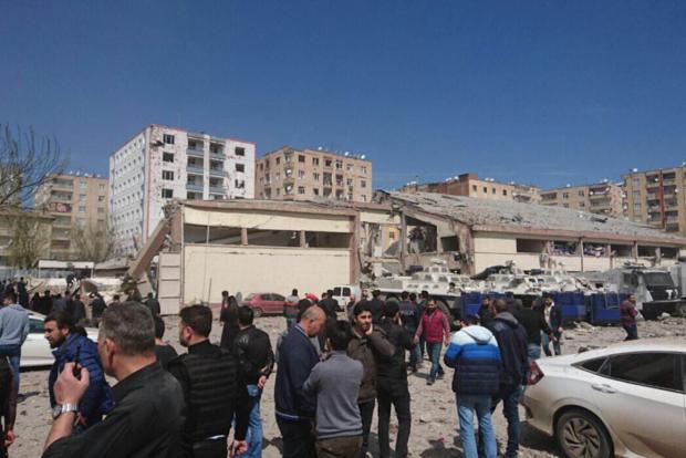 Глава МВД Турции заявил, что взрыв в Диярбакыре - не теракт. Названа реальная причина