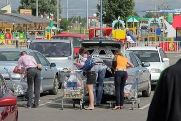 После введения безвиза украинцы массово поедут за продуктами в Польшу - эксперт