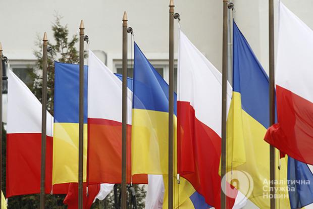 Украинцы побили рекорд в Польше по количеству легальный трудовых мигрантов