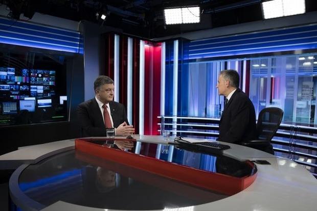 Порошенко: На Донбассе не замороженный конфликт, а настоящая горячая война
