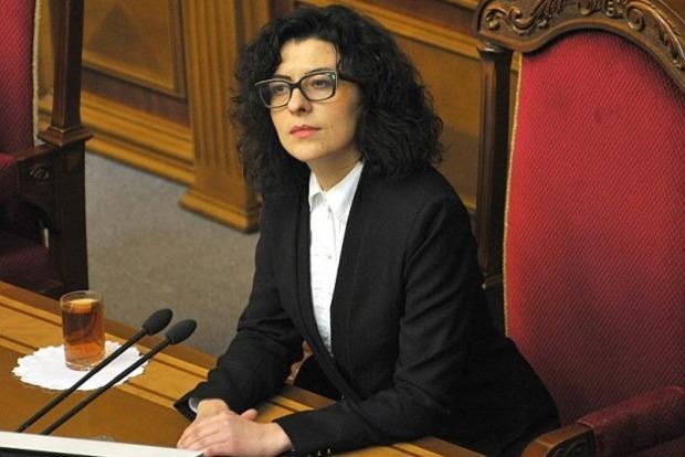 Вице-спикер Сыроид обратилась в ГПУ и СБУ по факту захвата парламента